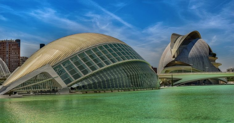 Start your summer with an unforgettable experience in Valencia, Spain!